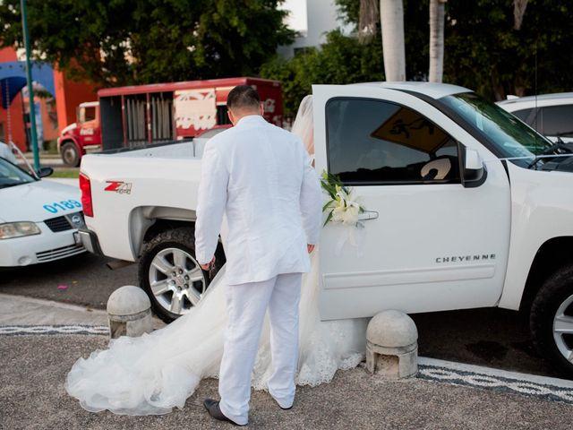 La boda de Marco  y Jocelyn  en Ixtapa Zihuatanejo, Guerrero 5