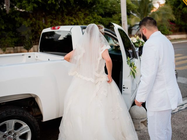 La boda de Marco  y Jocelyn  en Ixtapa Zihuatanejo, Guerrero 6