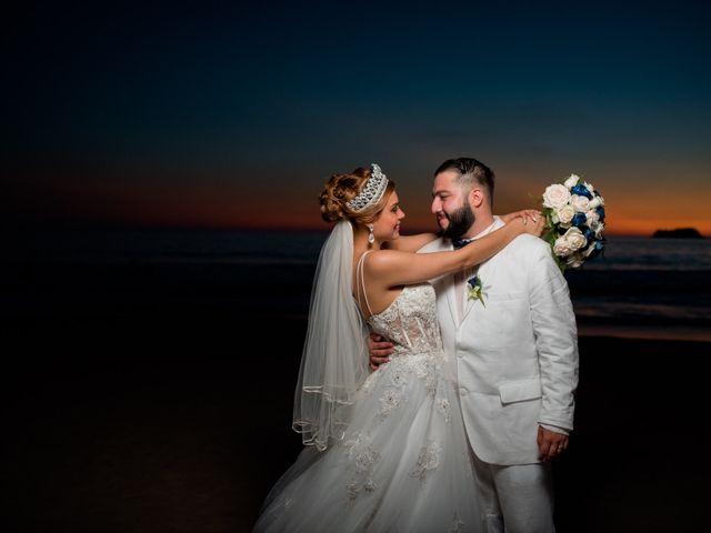 La boda de Marco  y Jocelyn  en Ixtapa Zihuatanejo, Guerrero 11