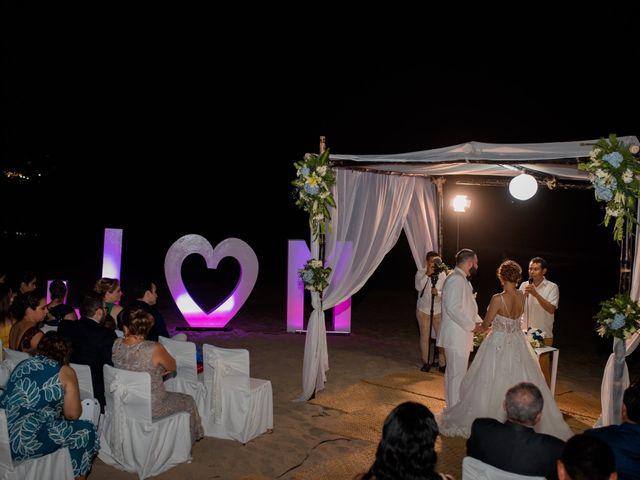La boda de Marco  y Jocelyn  en Ixtapa Zihuatanejo, Guerrero 13