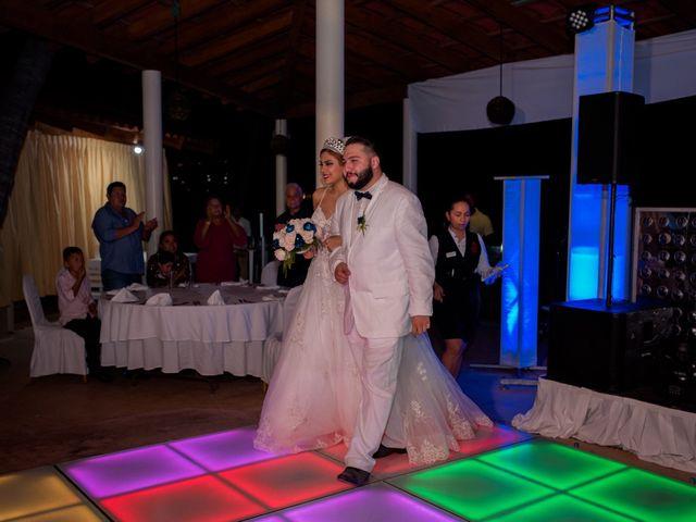 La boda de Marco  y Jocelyn  en Ixtapa Zihuatanejo, Guerrero 19