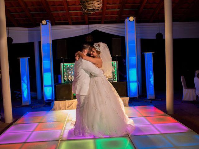 La boda de Marco  y Jocelyn  en Ixtapa Zihuatanejo, Guerrero 20