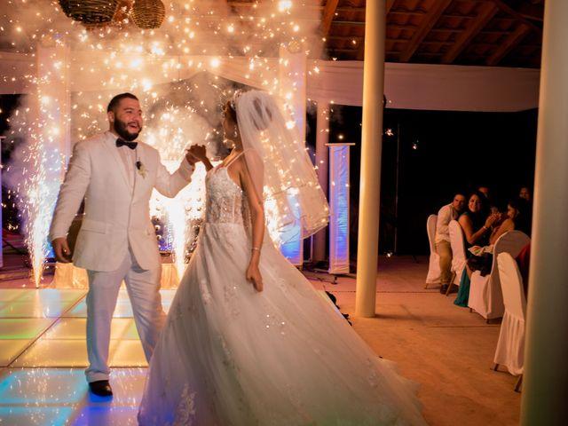 La boda de Marco  y Jocelyn  en Ixtapa Zihuatanejo, Guerrero 21