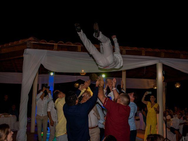 La boda de Marco  y Jocelyn  en Ixtapa Zihuatanejo, Guerrero 29