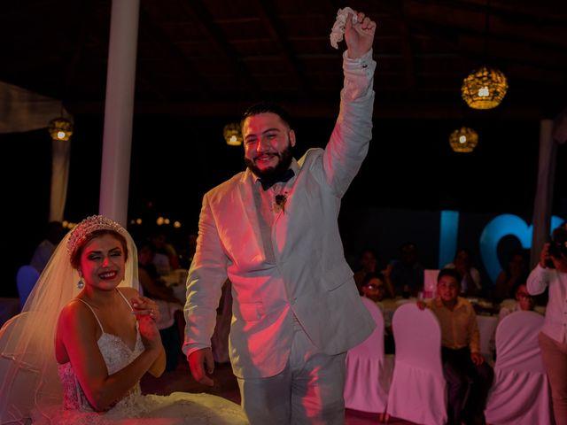La boda de Marco  y Jocelyn  en Ixtapa Zihuatanejo, Guerrero 31