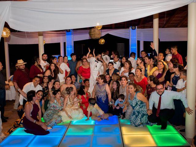 La boda de Marco  y Jocelyn  en Ixtapa Zihuatanejo, Guerrero 47