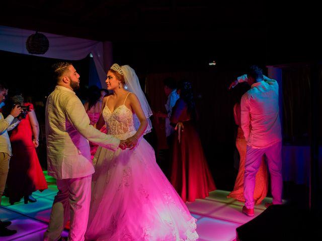 La boda de Marco  y Jocelyn  en Ixtapa Zihuatanejo, Guerrero 52