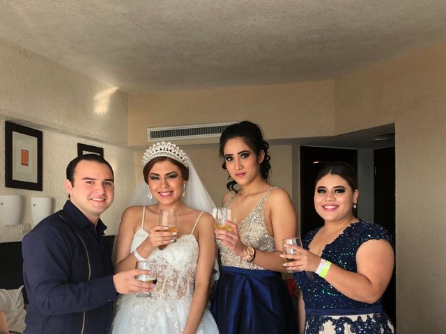 La boda de Marco  y Jocelyn  en Ixtapa Zihuatanejo, Guerrero 60