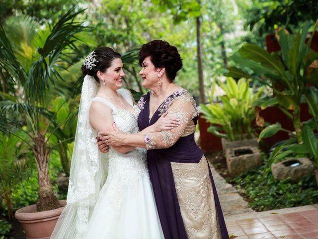 La boda de Manuel y Lizette en Mérida, Yucatán 11