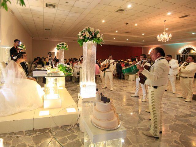 La boda de Diego y Blanca en Gómez Palacio, Durango 31
