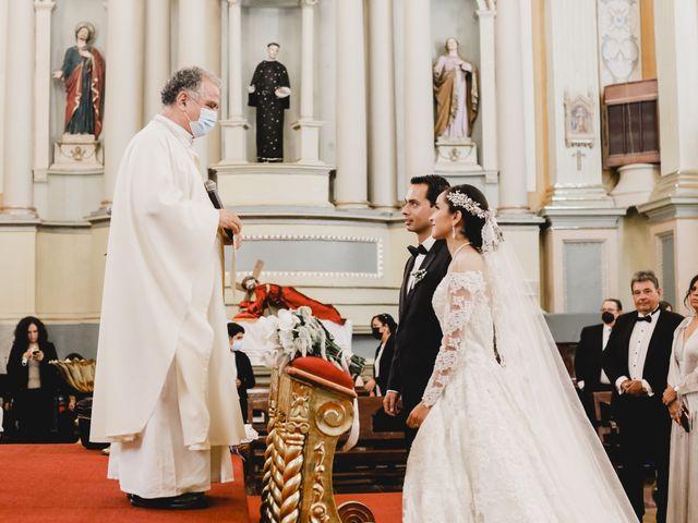 La boda de Fernando y Adriana en Guanajuato, Guanajuato 60