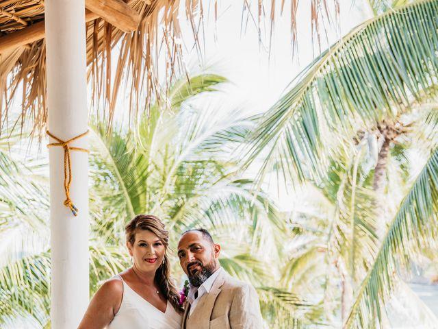 La boda de Joel y Sony en Huatulco, Oaxaca 11