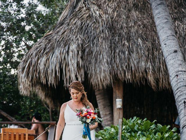 La boda de Joel y Sony en Huatulco, Oaxaca 21