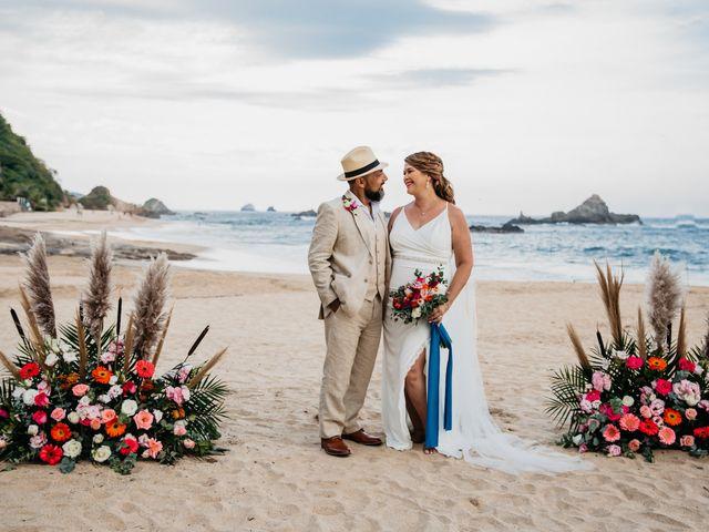 La boda de Joel y Sony en Huatulco, Oaxaca 33