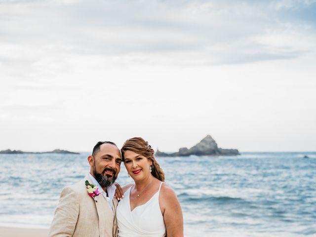 La boda de Joel y Sony en Huatulco, Oaxaca 39