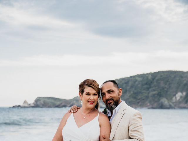 La boda de Joel y Sony en Huatulco, Oaxaca 45