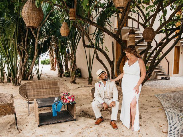 La boda de Joel y Sony en Huatulco, Oaxaca 57