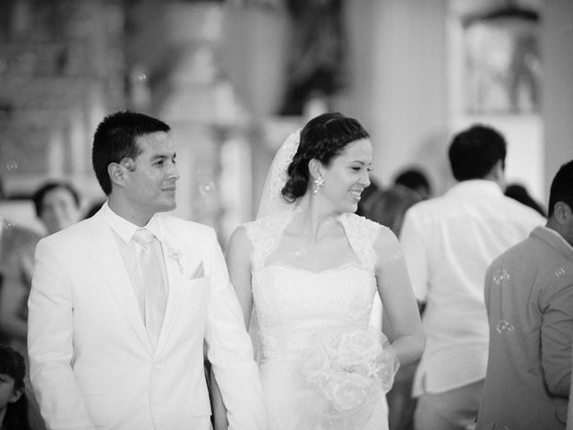 La boda de Christian y Araceli en Puerto Vallarta, Jalisco 28