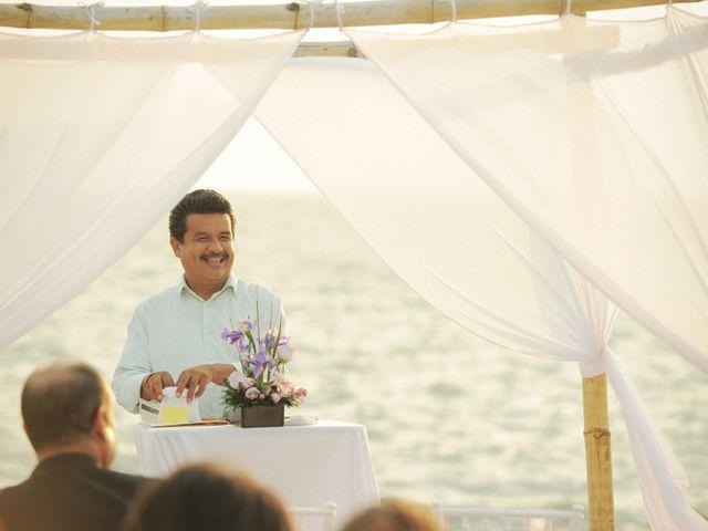 La boda de Christian y Araceli en Puerto Vallarta, Jalisco 31