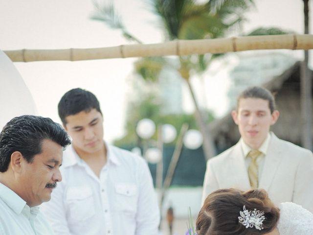 La boda de Christian y Araceli en Puerto Vallarta, Jalisco 35