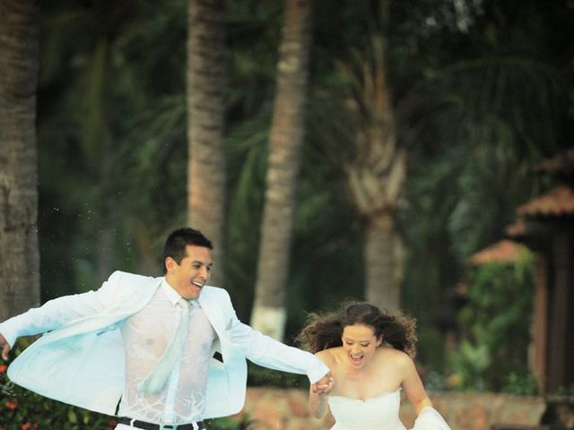 La boda de Christian y Araceli en Puerto Vallarta, Jalisco 69