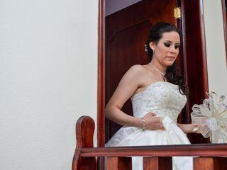 La boda de Maricarmen y Antel 3