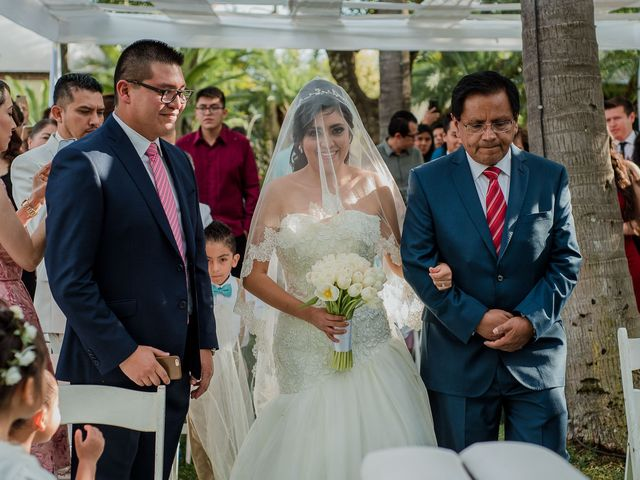 La boda de Emilio y Erandi en Jiutepec, Morelos 16