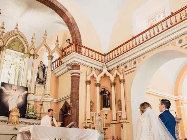 La boda de Pablo y Estefanía en Jocotepec, Jalisco 395