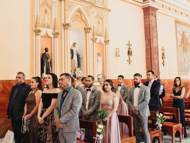 La boda de Pablo y Estefanía en Jocotepec, Jalisco 403