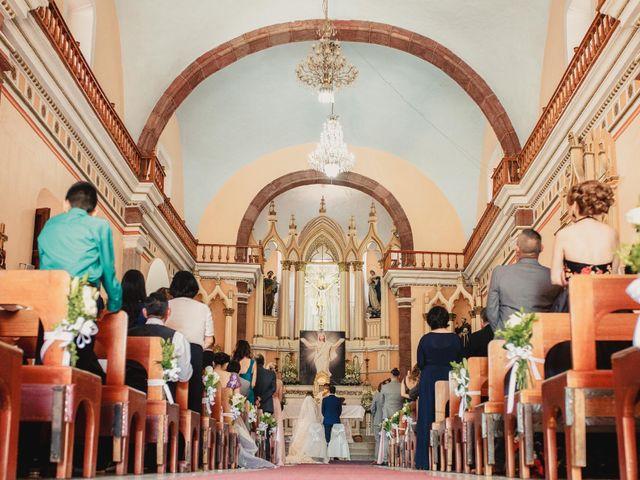 La boda de Pablo y Estefanía en Jocotepec, Jalisco 421