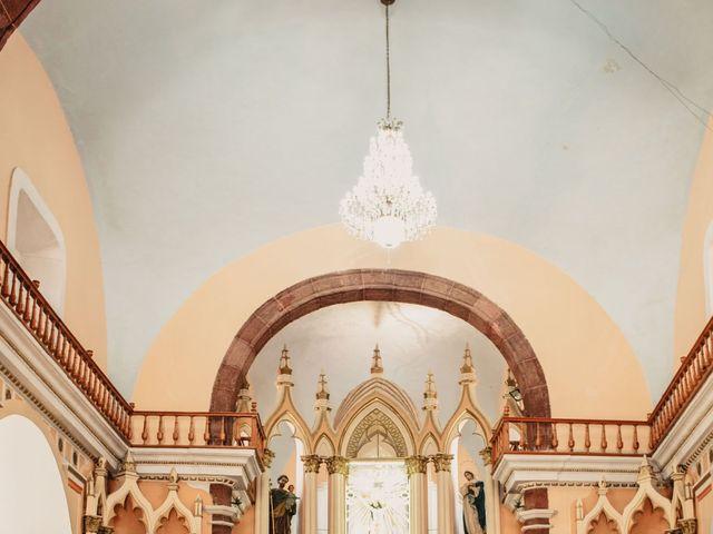 La boda de Pablo y Estefanía en Jocotepec, Jalisco 431