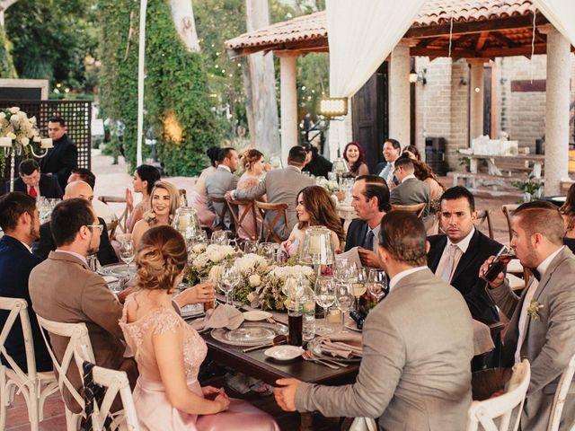 La boda de Pablo y Estefanía en Jocotepec, Jalisco 545
