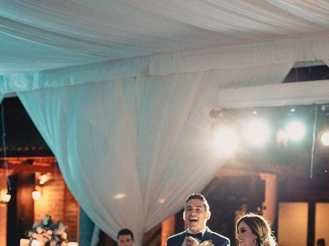 La boda de Pablo y Estefanía en Jocotepec, Jalisco 575