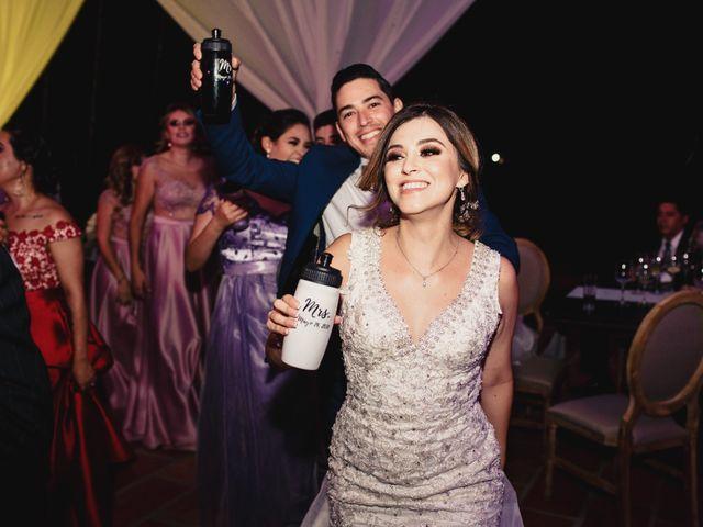 La boda de Pablo y Estefanía en Jocotepec, Jalisco 649
