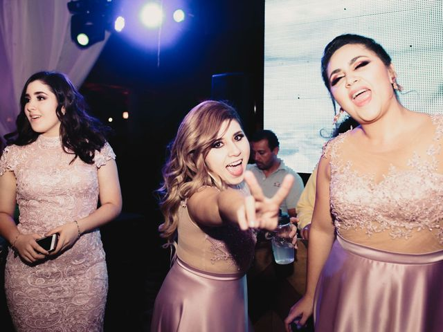 La boda de Pablo y Estefanía en Jocotepec, Jalisco 702