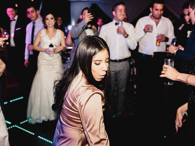La boda de Pablo y Estefanía en Jocotepec, Jalisco 709