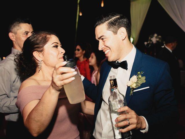 La boda de Pablo y Estefanía en Jocotepec, Jalisco 738