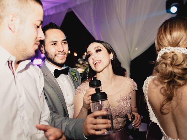 La boda de Pablo y Estefanía en Jocotepec, Jalisco 776