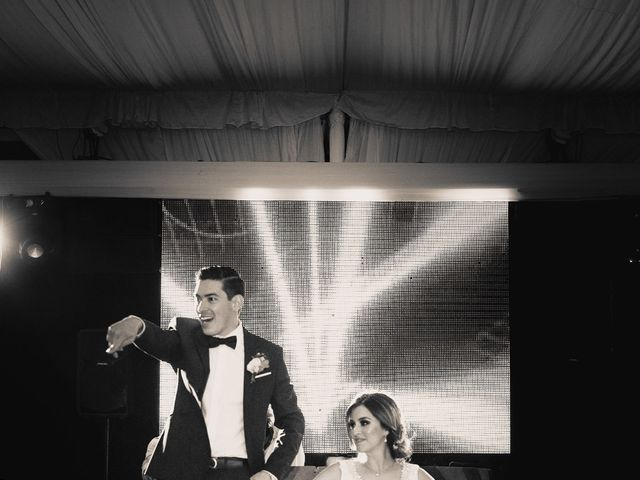 La boda de Pablo y Estefanía en Jocotepec, Jalisco 880