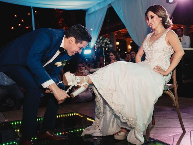 La boda de Pablo y Estefanía en Jocotepec, Jalisco 884