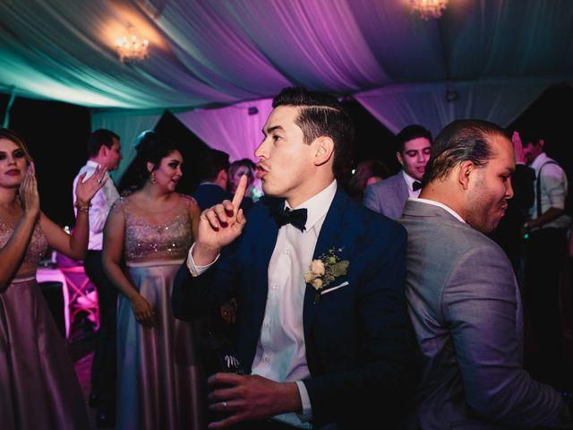 La boda de Pablo y Estefanía en Jocotepec, Jalisco 913