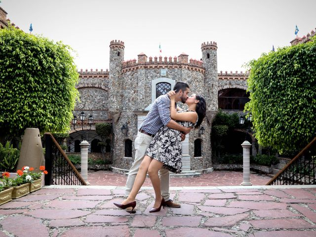 La boda de Carlos y Esthela en Pátzcuaro, Michoacán 15