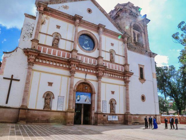 La boda de Carlos y Esthela en Pátzcuaro, Michoacán 22