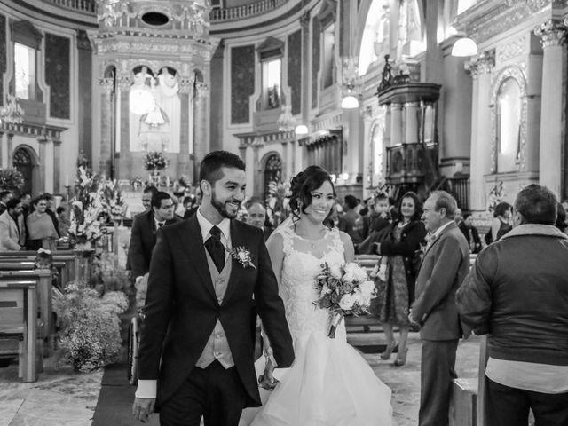 La boda de Carlos y Esthela en Pátzcuaro, Michoacán 30