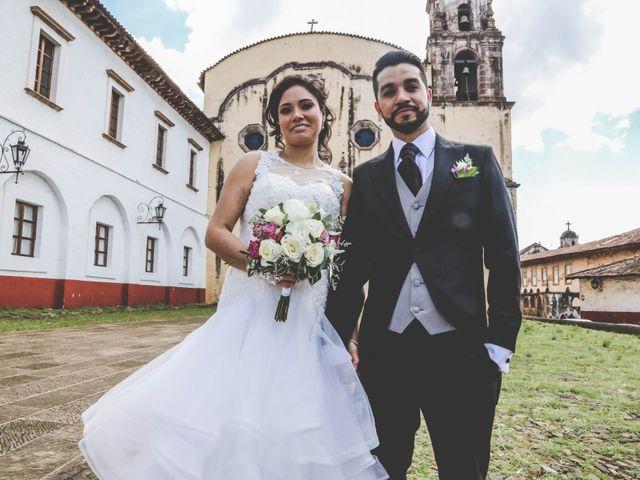La boda de Carlos y Esthela en Pátzcuaro, Michoacán 36