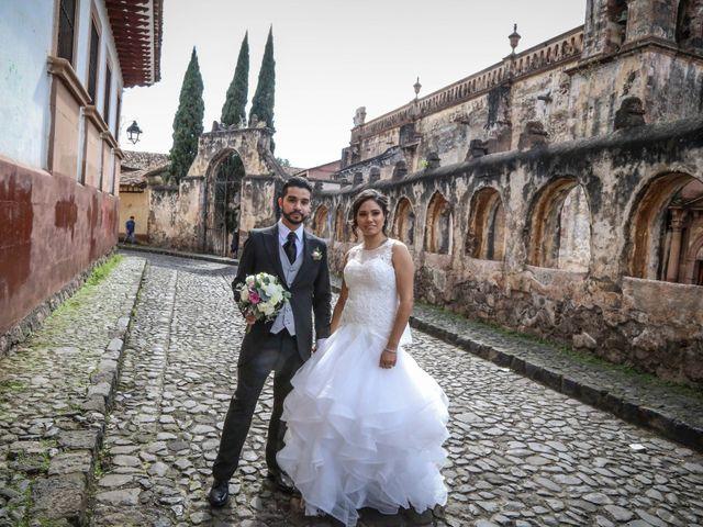 La boda de Carlos y Esthela en Pátzcuaro, Michoacán 1