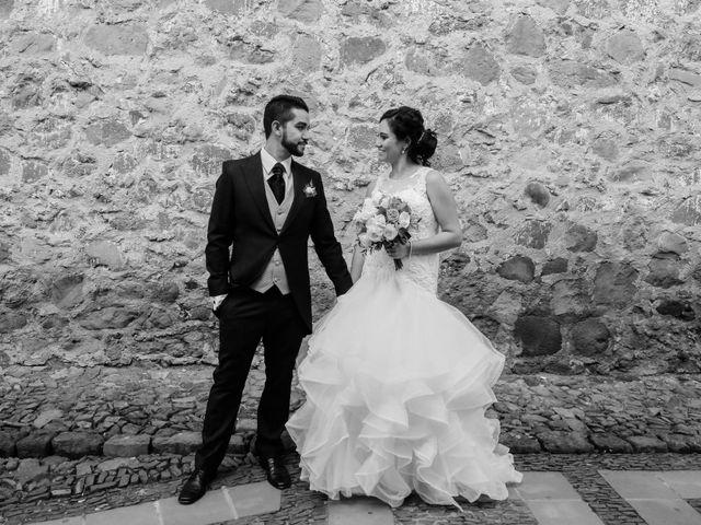 La boda de Carlos y Esthela en Pátzcuaro, Michoacán 40