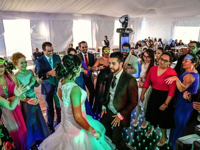 La boda de Carlos y Esthela en Pátzcuaro, Michoacán 56