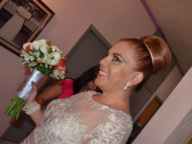 La boda de Christian y Ivonne en Salamanca, Guanajuato 9