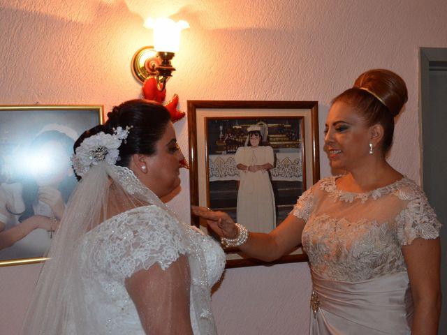 La boda de Christian y Ivonne en Salamanca, Guanajuato 14